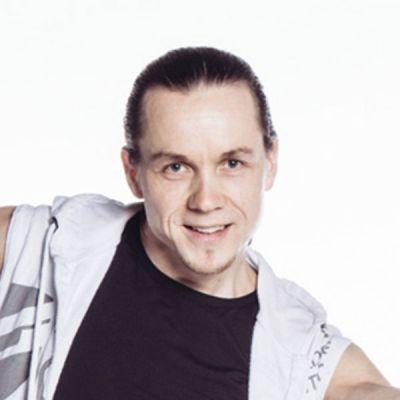 Opettaja neliö Janne Outinen