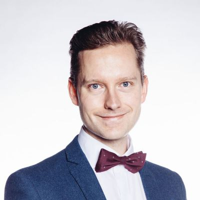 Opettaja neliö Mikko Koskelainen